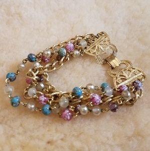 Jewelry - Gold Bead Bracelet